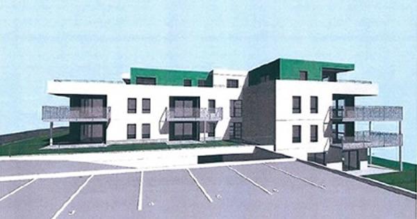 L'immeuble est construit sur quatre étages en comptant le garage.