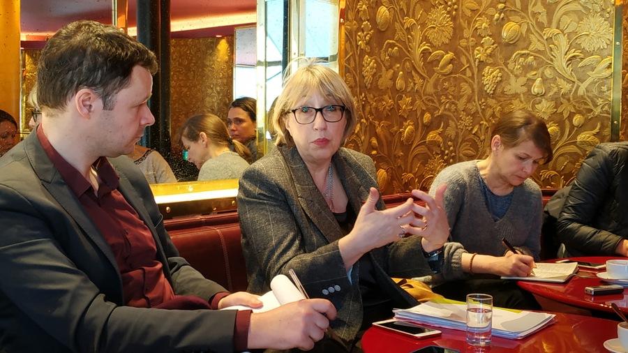 """Ce 26 février, Marie-Anne Montchamp, présidente de la CNSA, évoque devant la presse son souhait de contribuer à l'émergence """"d'un État moderne"""" par la mise en place d'une """"démarche programmatique à 2030 qui fasse l'objet d'un débat démocratique""""."""