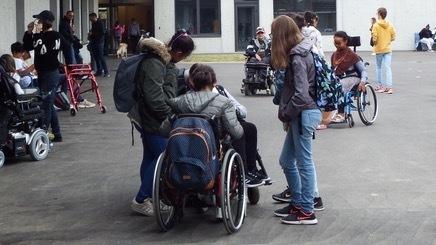 Les élèves en situation de handicap seront prioritaires pour l'Éducation nationale.
