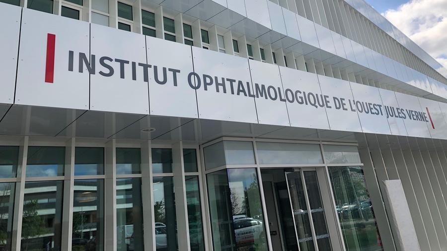 En attendant le bloc opératoire, qui sera opérationnel le 15juillet, l'Institut ophtalmologique de l'Ouest Jules-Verne a d'ores et déjà ouvert ses espaces dévolus aux consultations. (HGO)