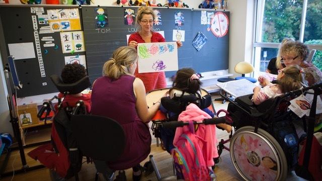 Le ministère de l'Éducation nationale annonce 385 000 élèves en situation de handicap pour la rentrée 2020, soit 6,6% de plus qu'en 2019. (Amélie Benoist/BSIP)