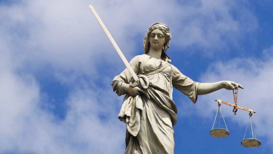 La nécessité de questionnements partagés et d'échanges entre le champ médical et le champ judiciaire reste d'actualité, près de dix ans après la loi du 5 juillet 2011.(Tetra/BSIP)