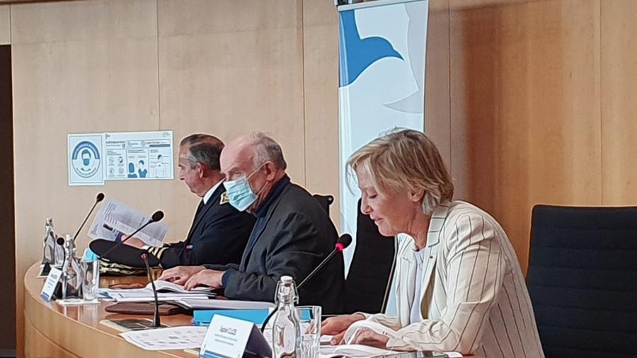 Sophie Cluzel et Dominique Bussereau ont signé ce 15 octobre la feuille de route des MDPH à La Rochelle en Charente-Maritime. (ADF)