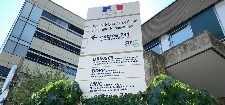 Le directeur général de l'ARS Auvergne-Rhône-Alpes a confirmé ce 22 octobre la difficulté actuelle de gestion des ressources humaines. (Agathe Moret/Hospimedia)