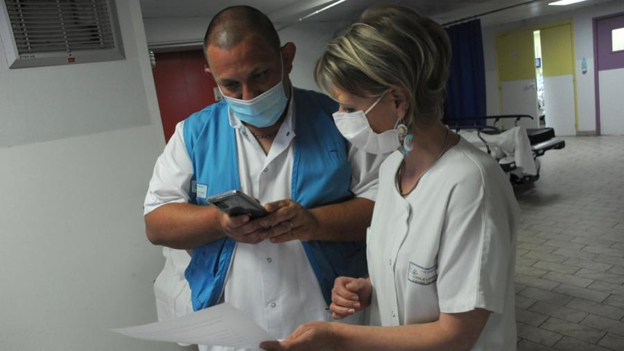 Un vade-mecum détaille les différents dispositifs de mobilisation des professionnels dans le cadre de la crise sanitaire. (Pascal Bachelet/BSIP)