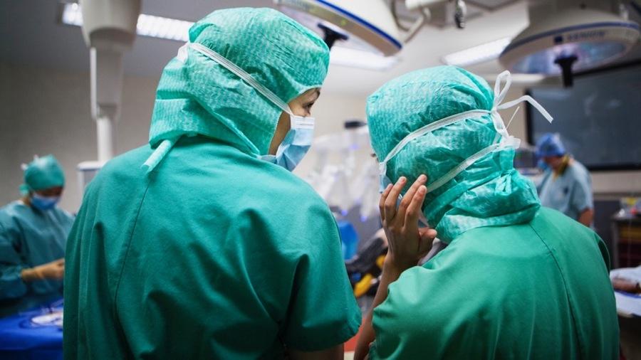 Les étudiants en soins infirmiers craignent que leur mobilisation dans le cadre de la crise ne pénalise leur formation. (Amélie Benoist/BSIP)