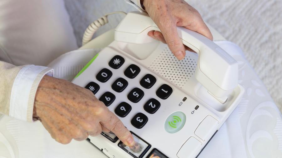 Malgré les difficultés techniques d'adressage, plus de 13400 appels ont été enregistrés entre juin et novembre sur la plateforme, soit 79 appels par jour en moyenne. (Collanges/BSIP)