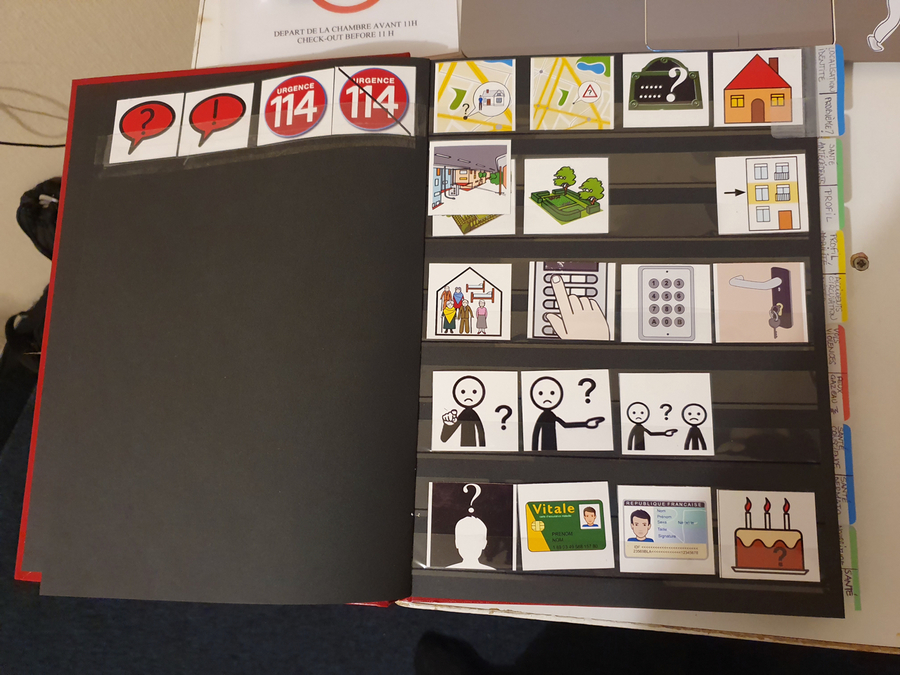 Avec le concours de SantéBD et de la Fnaf, les opérateurs du 114 disposent d'images pour leur permettre de comprendre les situations d'urgence. (Fnaf)