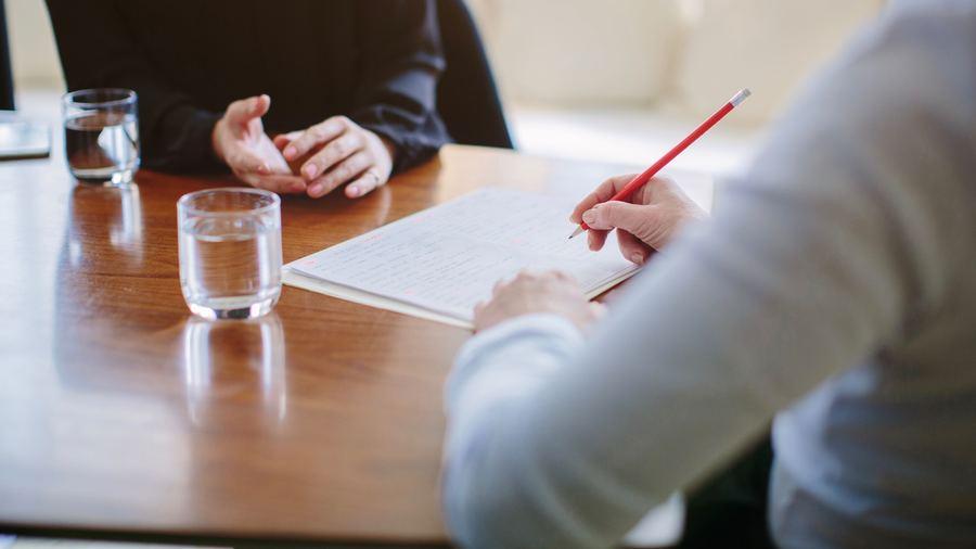 La réunion de ce 20 avril a inauguré une nouvelle composition de l'instance collégiale pour l'accès aux emplois supérieurs de DH, avec un nombre de membres modifié et de nouvelles désignations. (Cultura/image source/BSIP)