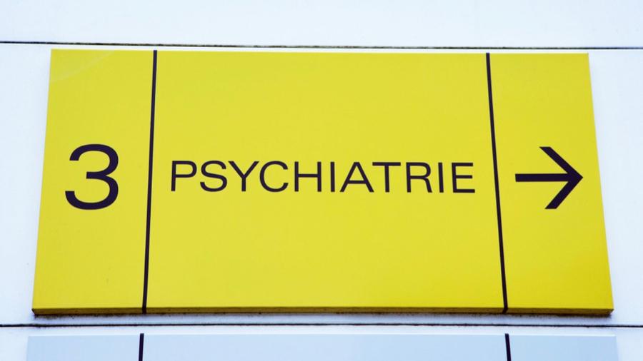 Dans un contexte de tension démographique en psychiatrie dans certains territoires, la répartition des internes entre les EPSM et le CHU fait l'objet d'une controverse dans le Nord-Pas-de-Calais. (Furgolle/BSIP)