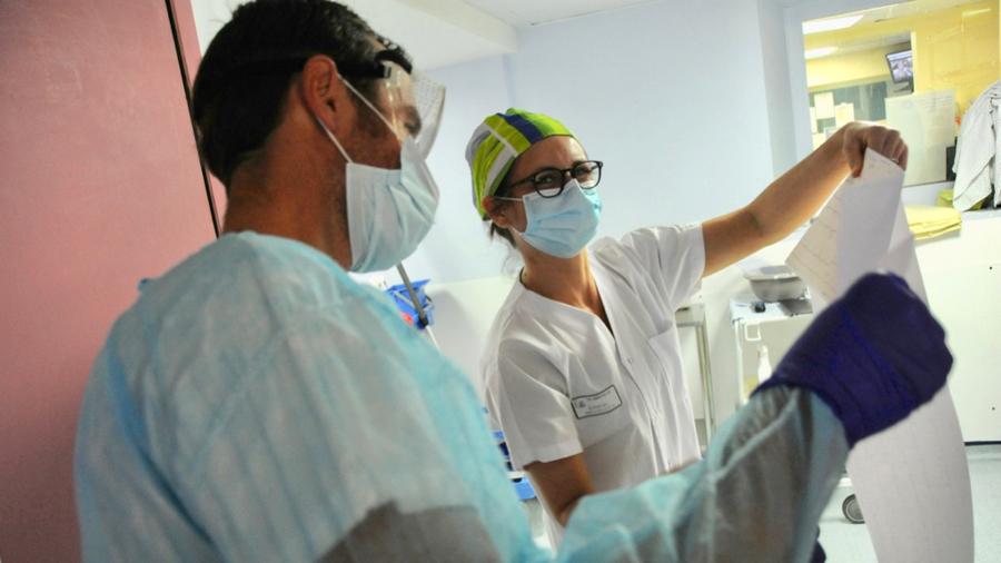 Le décret d'actes des infirmiers nécessite une mise à jour pour actualiser l'ensemble des missions de ces professionnels. (Pascal Bachelet/BSIP)